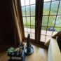 居間 1階居間からの山と田園風景