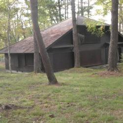 蓼科に別荘を買う、昭和43年築、平成5年大規模リフォームの山小屋暮らし、土地649坪