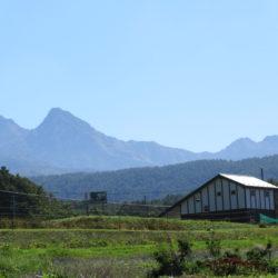 寒い八ヶ岳で暖かい新築山小屋暮らし、日本トップクラスの気密性なので光熱費が安く水抜き不要