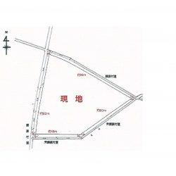 4方向原村村道の道路に囲まれております